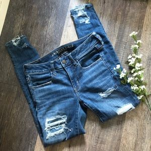 American Eagle | Distressed Jeggings